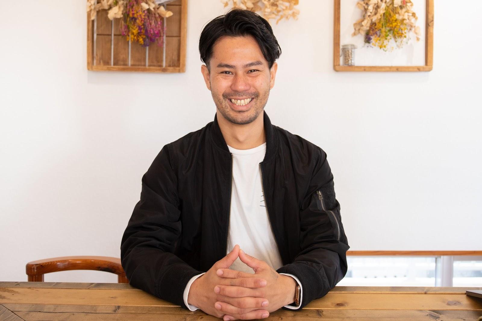 瑞慶覧さんは、三代目社長就任後、大きな目標を2つ掲げた。ひとつは「池田食品の豆腐のリブランディングを図ること」、もうひとつは「従来の豆腐屋のイメージを覆すこと」だ。